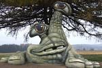 Hamroň - socha Michala Olšiaka u Hamrů nad Sázavou.