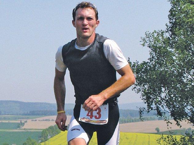 Třetí ročník duatlonového závodu v okolí Bystřice nad Pernštejnem opět zakončil pekelný výběh do bystřické sjezdovky. Jihlavský Lukáš Nedělka závod dokončil jako čtvrtý, ale v redukovaném pořadí se radoval z titulu přeborníka Vysočiny.