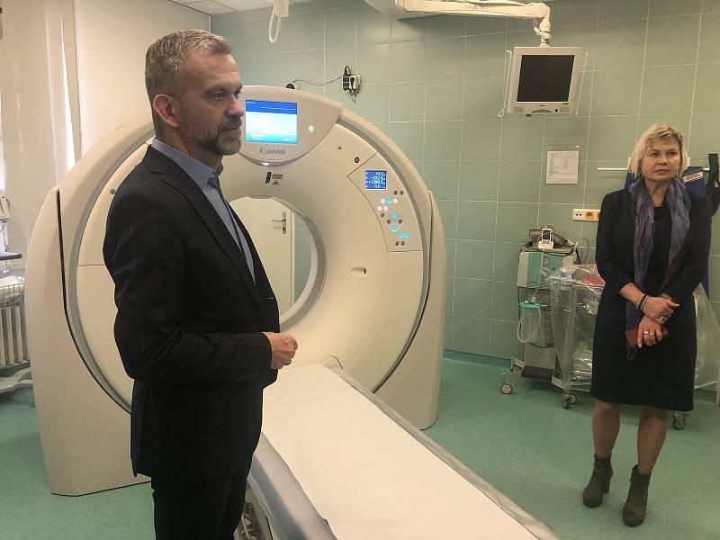 Pacienti budou při vyšetření na CT zatíženi nižší dávkou záření, a to o šedesát procent.