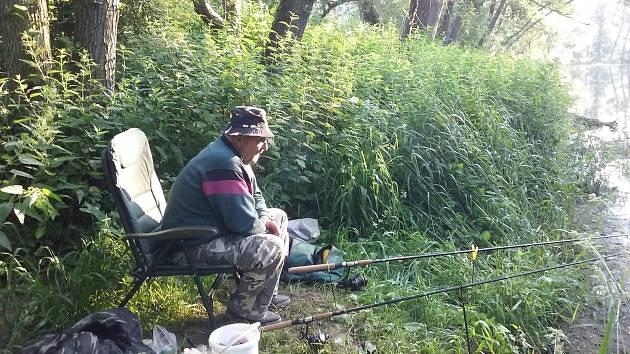 Na rybách na rybníku i řece
