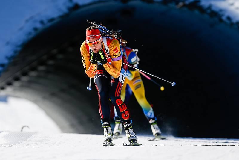 Denise Herrmann ve stíhacím závodu žen na 10 km.