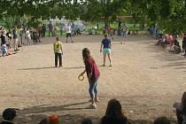 Ringoturnaj pro děti všech věkových kategorií pořádá organizace Royal Rangers v ČR každoročně, letos se koná jubilejní, už 20. ročník. Rongo se hraje na volejbalovém hřišti, přes síť se hází gumovým kroužkem.