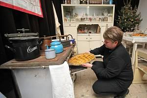 Vánoce patří k nejoblíbenějším svátkům roku. Některé starší tradice a zvyky se dochovaly dodnes. Na štědrovečerním stole nesmí například chybět vánočka.