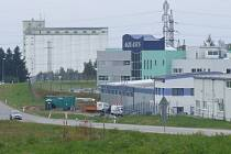 Momentálně není jasné, zda vůbec někdy v průmyslové zóně bude stát. Radní se nyní zaměřují na dokončení propojek Jihlavská Brněnská a Jamská Novoměstská.