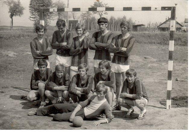První dorostenecké družstvo házenkářů Nového Veselí, které hrálo vsezóně 1971/72 nejvyšší soutěž, moravskou skupinu 1.ligy dorostu.