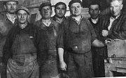 Dělníci Dřevo Měřín, 1964.