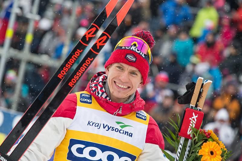 Ohlédnutí za Zlatou lyží 2020. Vítěz Alexandr Bolšunov z Ruska po stíhacím závodu mužů na 15 km klasicky v rámci Světového poháru v běhu na lyžích.