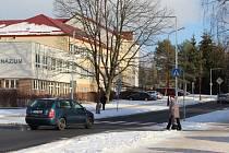 Po zrekonstruované Neumannově ulici začali řidiči bez omezení jezdit loni v listopadu.