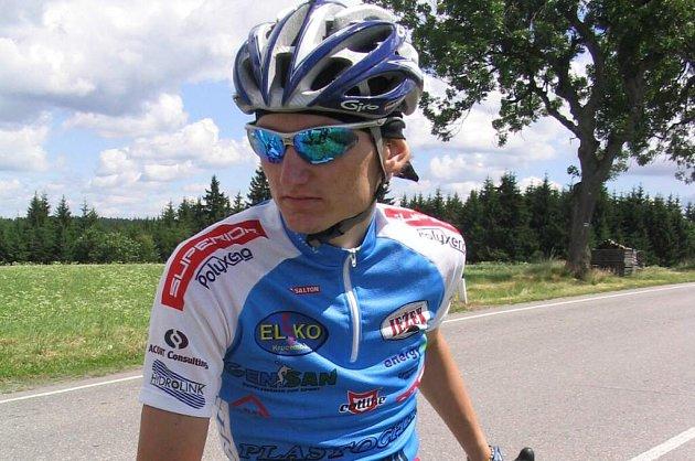 Tomáš Stuna v časovce potvrdil roli favorita a k vítězství přidal i nový traťový rekord.