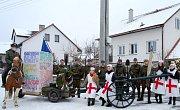 Jako na manévrech si mohli připadat návštěvníci pikáreckých ostatků. V čase se vrátili husitští kališníci, oslavit sté výročí vzniku Československa přijeli legionáři včele s T.G. Masarykem.