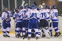 Hokejisté Táboru se radují z postupu do semifinále play-off. Žďár vyřadili 3:0 na zápasy.