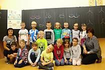 Na fotografii jsou žáci třídy 1. B paní učitelky Věry Křesťanové a asistentky Markéty Musilové ze Základní školy v Novém Veselí.