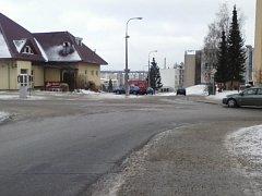 Šestnáctý kamerový bod ve městě ohlídá křižovatku ulic Revoluční, Okružní, Libická a Komenského.