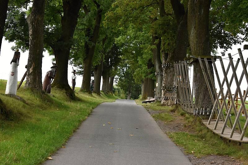 Lužánky se díky parku miniatur, Pohádkové aleji a sportovnímu zázemí mění v příjemnou klidovou zónu pro malé i velké.