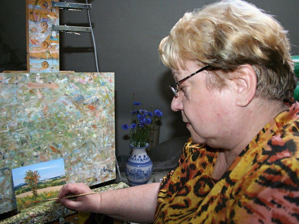 Výstava malířky Heleny Puchýřové.