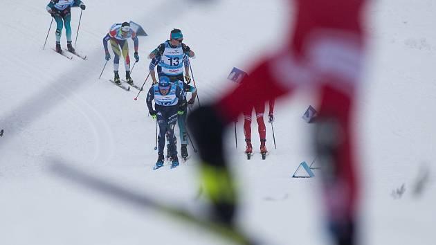 Stíhací závod mužů na 15 km klasicky v rámci Světového poháru v běhu na lyžích.