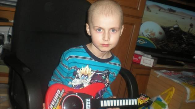 Dnes šestiletého Tomáška postihla leukémie koncem roku 2011.