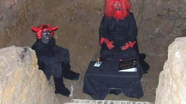 Prohlídky bystřického pekla začnou v sobotu 6. prosince od 16 hodin.