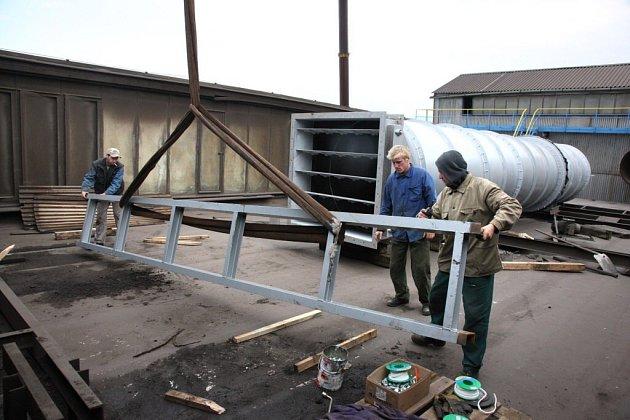 V polovině července začala ve firmě Žďas rekonstrukce odsávání, která sníží množství vypouštěných zplodin do ovzduší. Zařízení je nyní ve zkušebním provozu.