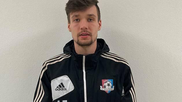 V jarní části letošního ročníku Moravskoslezské fotbalové ligy už bude krajní obránce Jakub Vašíček nastupovat v dresu Velkého Meziříčí.