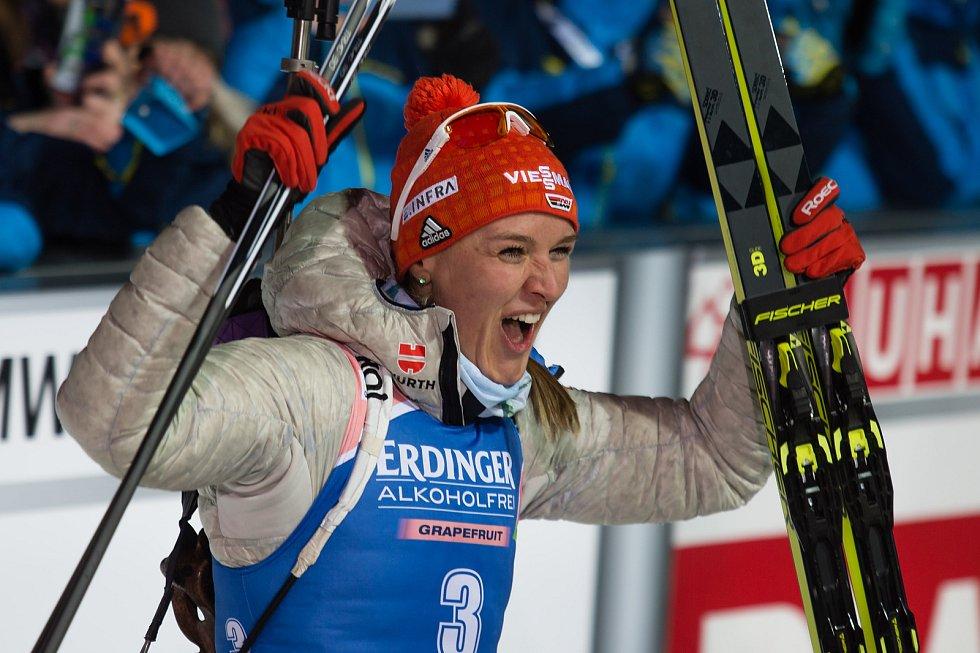 Sprint žen v rámci Světového poháru v biatlonu v Novém Městě na Moravě. Na snímku vítězka Denise Herrmann.