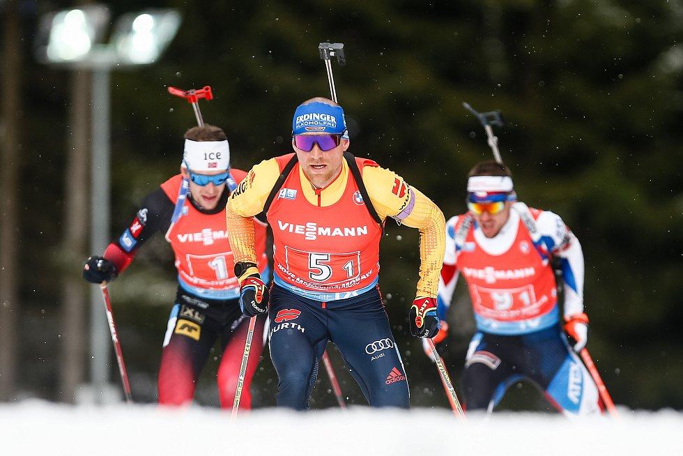 Erik Lesser v závodu Světového poháru v biatlonu - štafeta 4 x 7,5 km mužů.