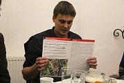 K vyhlášení referenda dala podnět občanská iniciativa Za Náměstí VM.