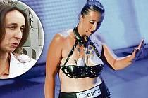 Jaroslava Machová ze Světnova, u níž byl nalezen léta hledaný muž, vystupovala v show Talentmania. Při vystoupení na ní držely kovové předměty.