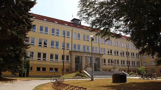 Tělocvičnu budou využívat studenti průmyslové školy i vedlejšího gymnázia, ale také žďárská sportující veřejnost.