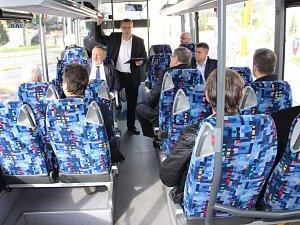 Politici z Kraje Vysočina v deníkovském autobusu.