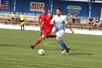 Na úvod nového ročníku moravskoslezské divize D se fotbalisté Polné (v modrobílém) i Staré Říše představí na stadionech svých krajských rivalů.