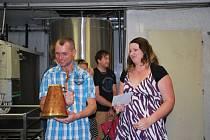 Do výrobny mohli nahlédnout i vítězové soutěže týdeníku Vysočina, kterou pro čtenáře pivovar v Jelínkově vile připravil u příležitosti svého letošního 10. jubilea.