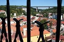 Výhled z věže kostela ve Velkém Meziříčí.