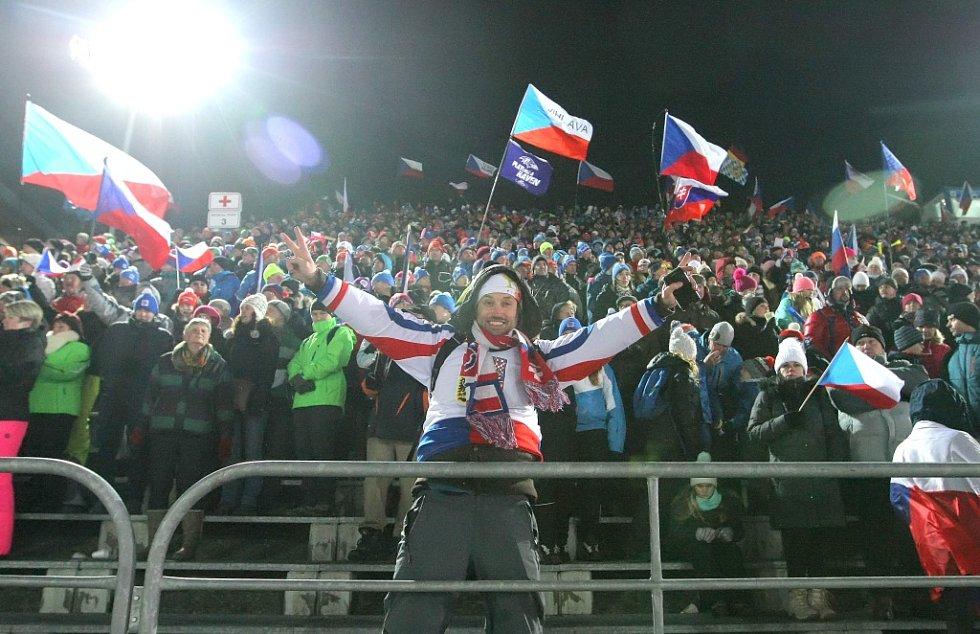 V pátek diváci ve Vysočina Aréně viděli stíhací závod žen.