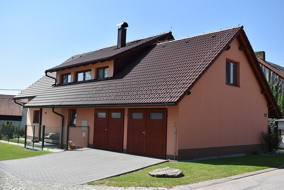 Nová Ves u Nového Města na Moravě má díky početným rodinám nízký věkový průměr.