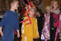 Jako velká karnevalová zábava byly pojaté Plesohrátky, které na sobotu připravili učitelé a žáci žďárské ZUŠ Františka Drdly.
