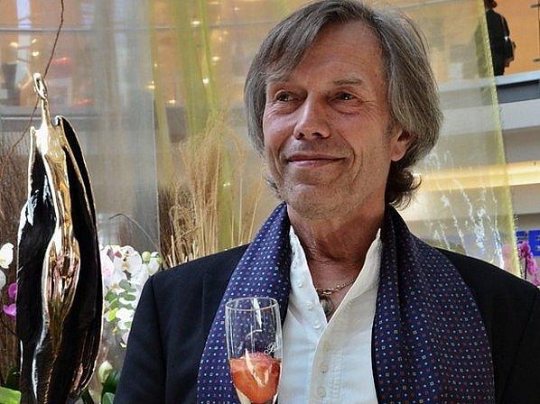 Jiří Netík ve Žďáře vystaví své bronzové i dřevěné sochy