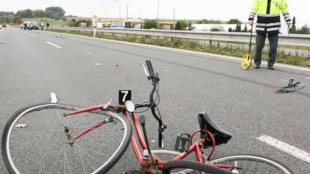Cyklisté by neměli zapomínat na to, že alkohol může při projížďce na kole způsobit tragédii. Ilustrační foto.