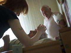 Každodenní činnost pracovníků Domácího hospice Vysočina není vůbec jednoduchá.