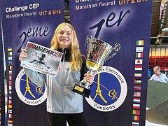Bystřická šermířka Michaela Illeková (na snímku) před časem zvítězila na prestižním turnaji v Paříži.