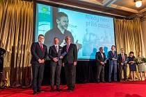 Ředitel meziříčského domova pro seniory Vítězslav Schrek získal ocenění v soutěži Manažer roku 2018.