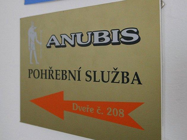 Kauza žďárské pohřební služby Anubis jde k soudu.
