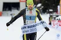 Jiří Ročárek o víkendu navázal na dva roky stará vítězství z Bedřichovské 30 a Jizerské 25. Navíc triumfoval i v týmových štafetách a třetí skončil v novém sprinterském závodě soupaží. Doprovodné závody Jizerské 50 patřily jemu.