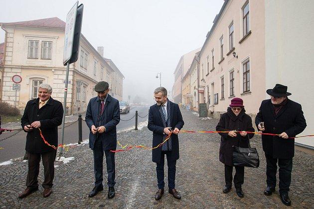 Slavnostní otevření ulice Bradyových vNovém Městě na Moravě.
