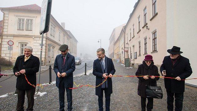 Nové Město uctilo památku židovské rodiny. Pojmenovalo po ní ulici