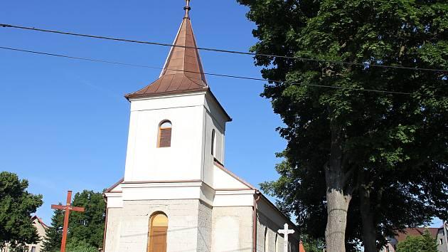 Novostavba kaple v Nové Vsi.
