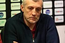 Po třech sezonách, kdy mužstvo vedl Michal Konečný, se stal novým koučem Plamenů Radek Haman (na snímku).