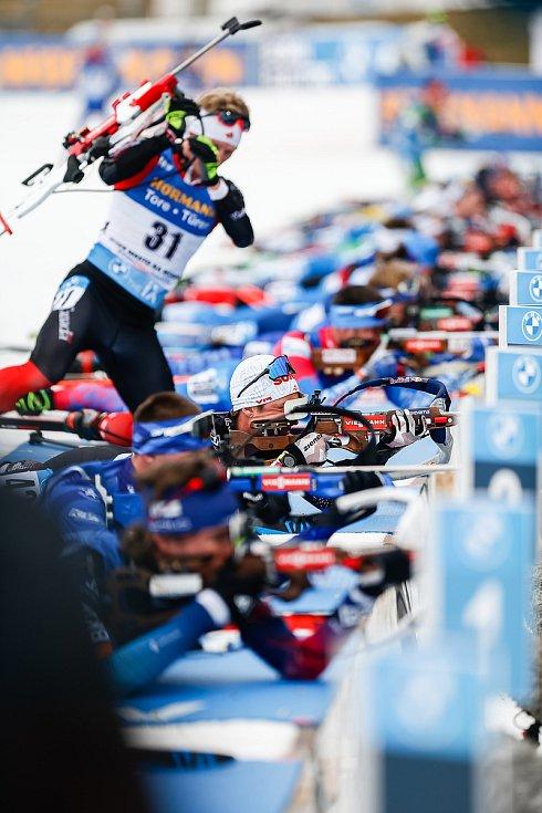 Závod Světového poháru v biatlonu - stíhací závod mužů na 12,5 km.