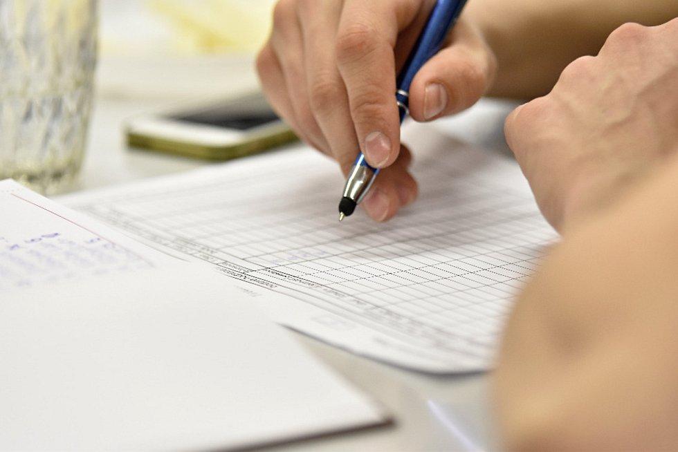 Odevzdané vzorky už ohodnotila odborná komise, 7. dubna chystají košt pro veřejnost.