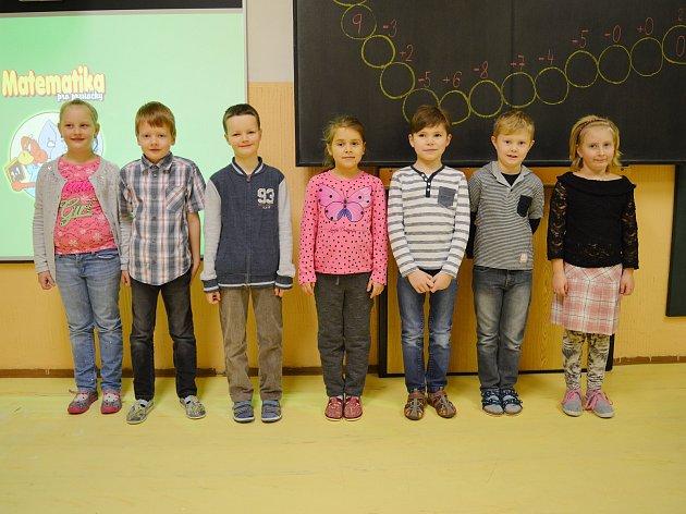 Na fotografii jsou žáci ze Základní školy ve Vojnově Městci. První třída paní učitelky Šárky Stejskalové.